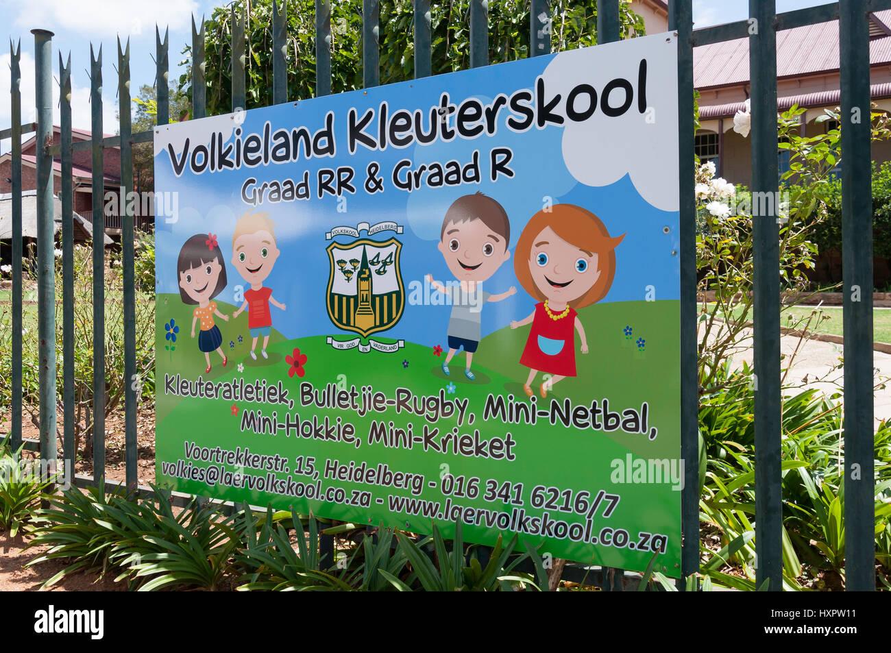 Sign for Afrikaans Primary School (Volks-School) building, Begeman Street, Heidelberg, Gauteng Province, Republic - Stock Image
