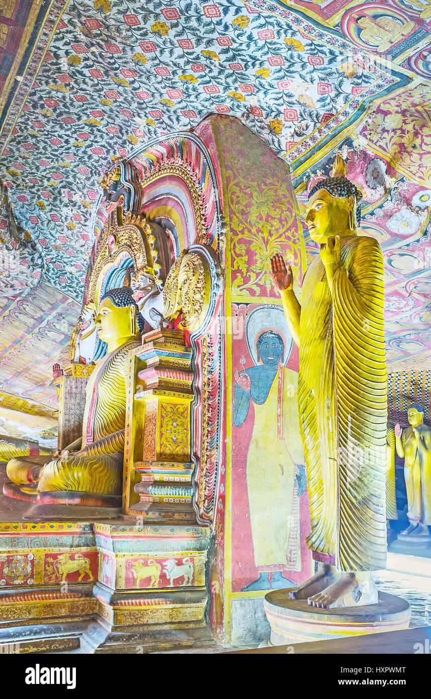 DAMBULLA, SRI LANKA - NOVEMBER 27, 2016: The colorful murals ...