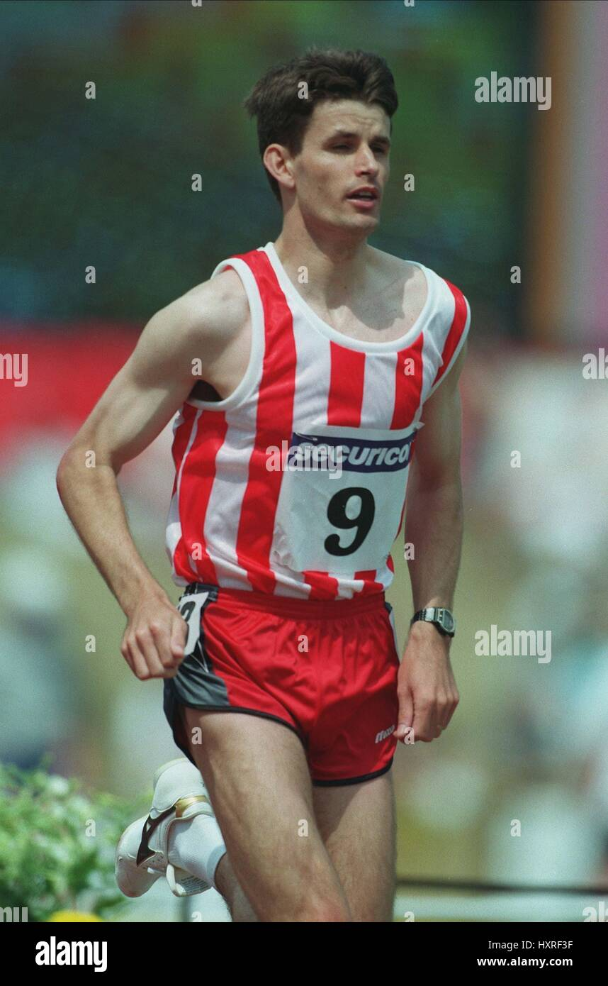 ROB FINCH 1500 METRES 18 June 1996 - Stock Image
