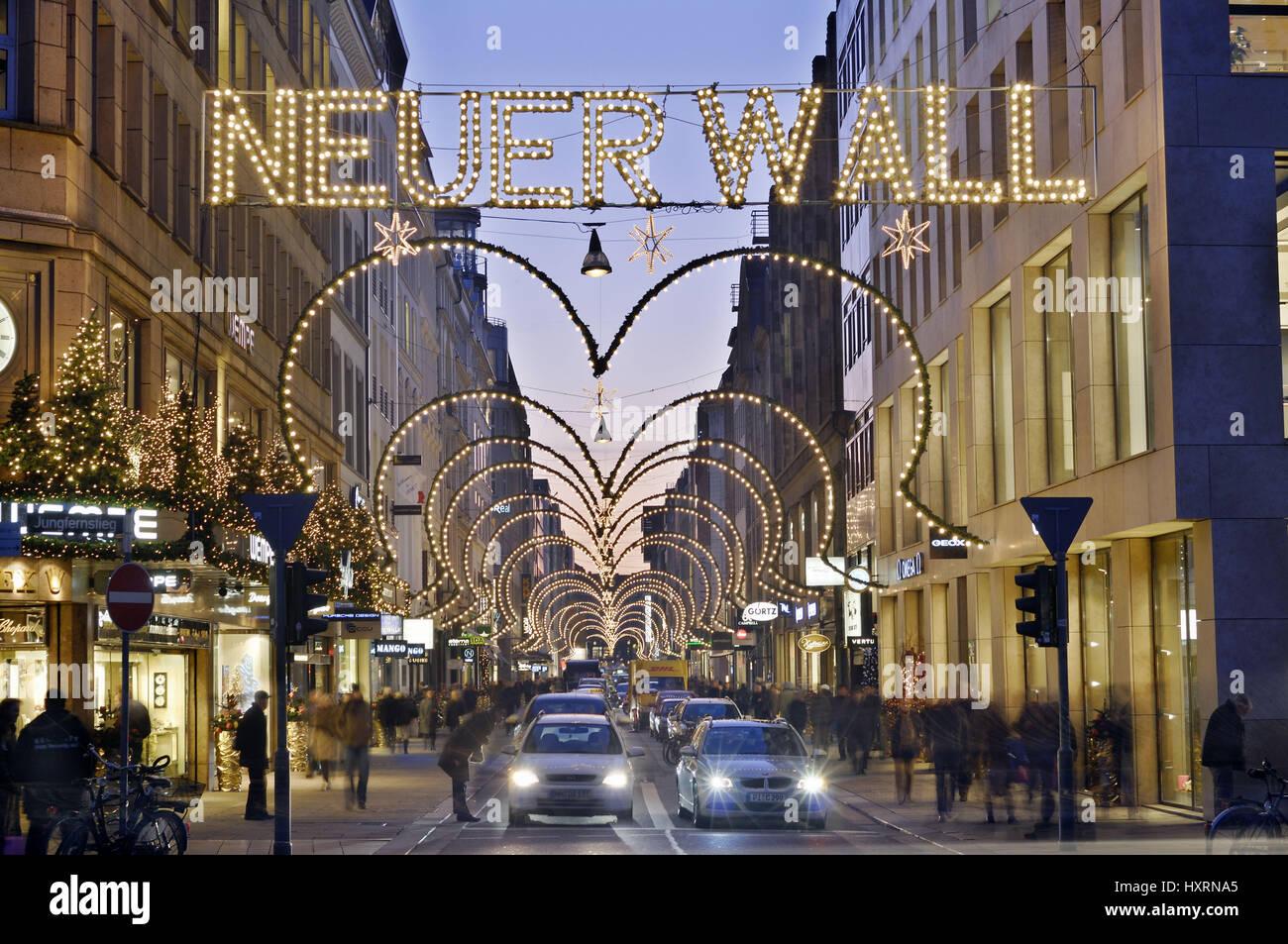 Neuer Wall Weihnachtsbeleuchtung.New Embankment With Christmas Lighting In Hamburg Germany Europe