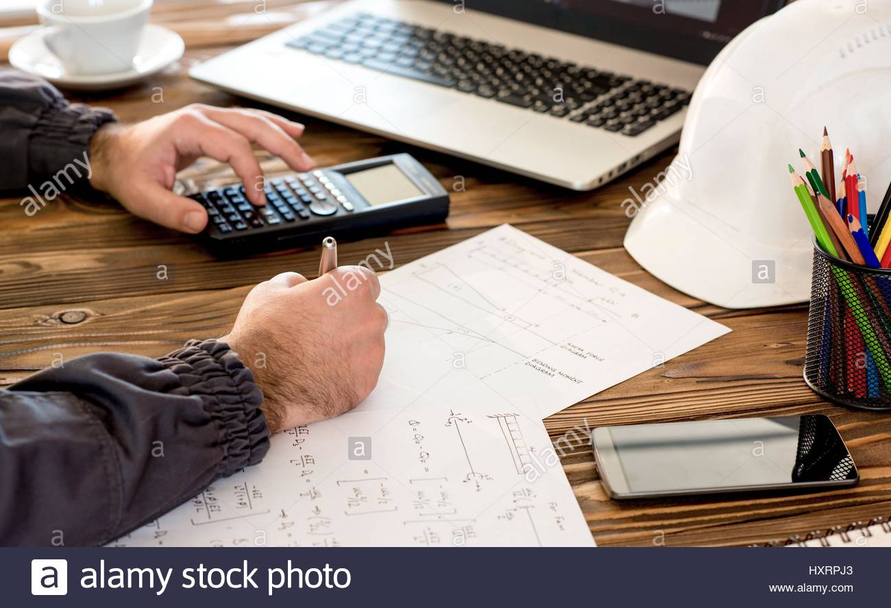 Civil Design Engineer is making structural analysis