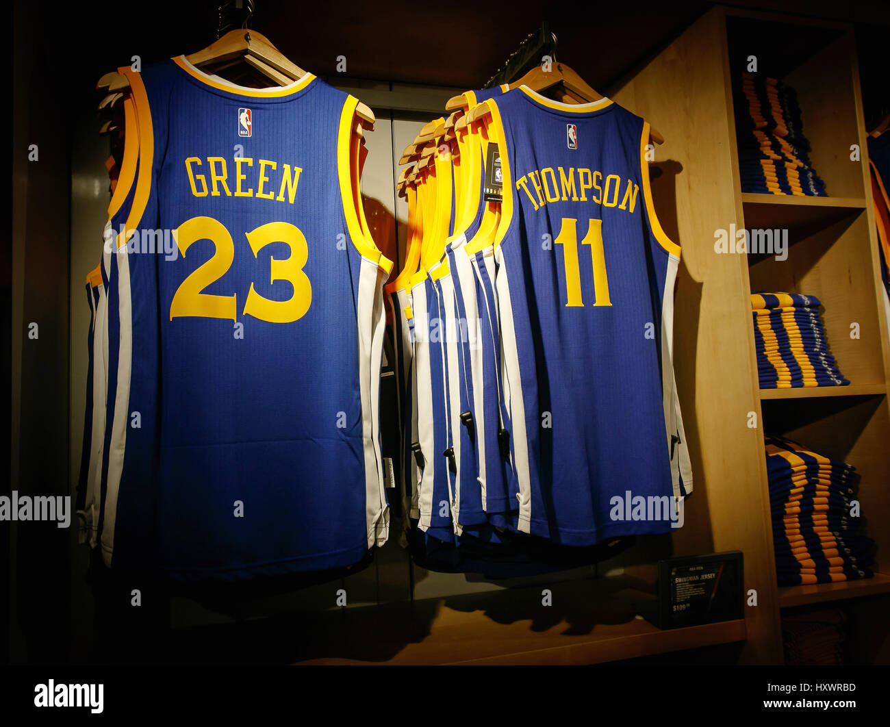huge selection of 6de96 3a396 Replica jerseys of Green and Thompson of Golden State ...