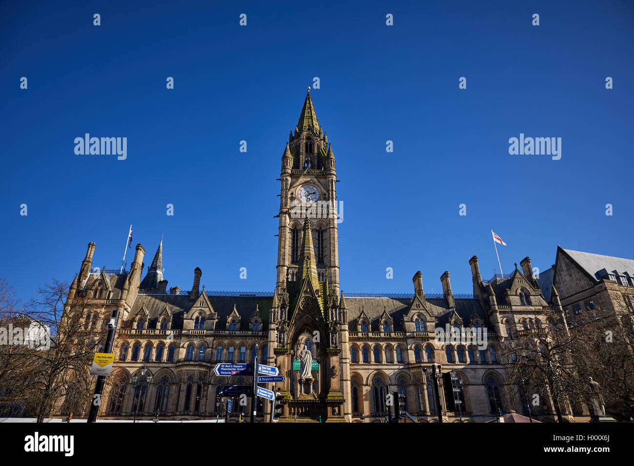 Manchester City Council Town Hall in Albert Square Manchester Stock Photo -  Alamy