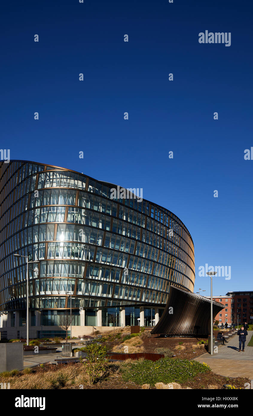 Sunny day One Angel Square Co-operative Group headquarters N.O.M.A.Manchester revitalising northern area of Manchester Stock Photo