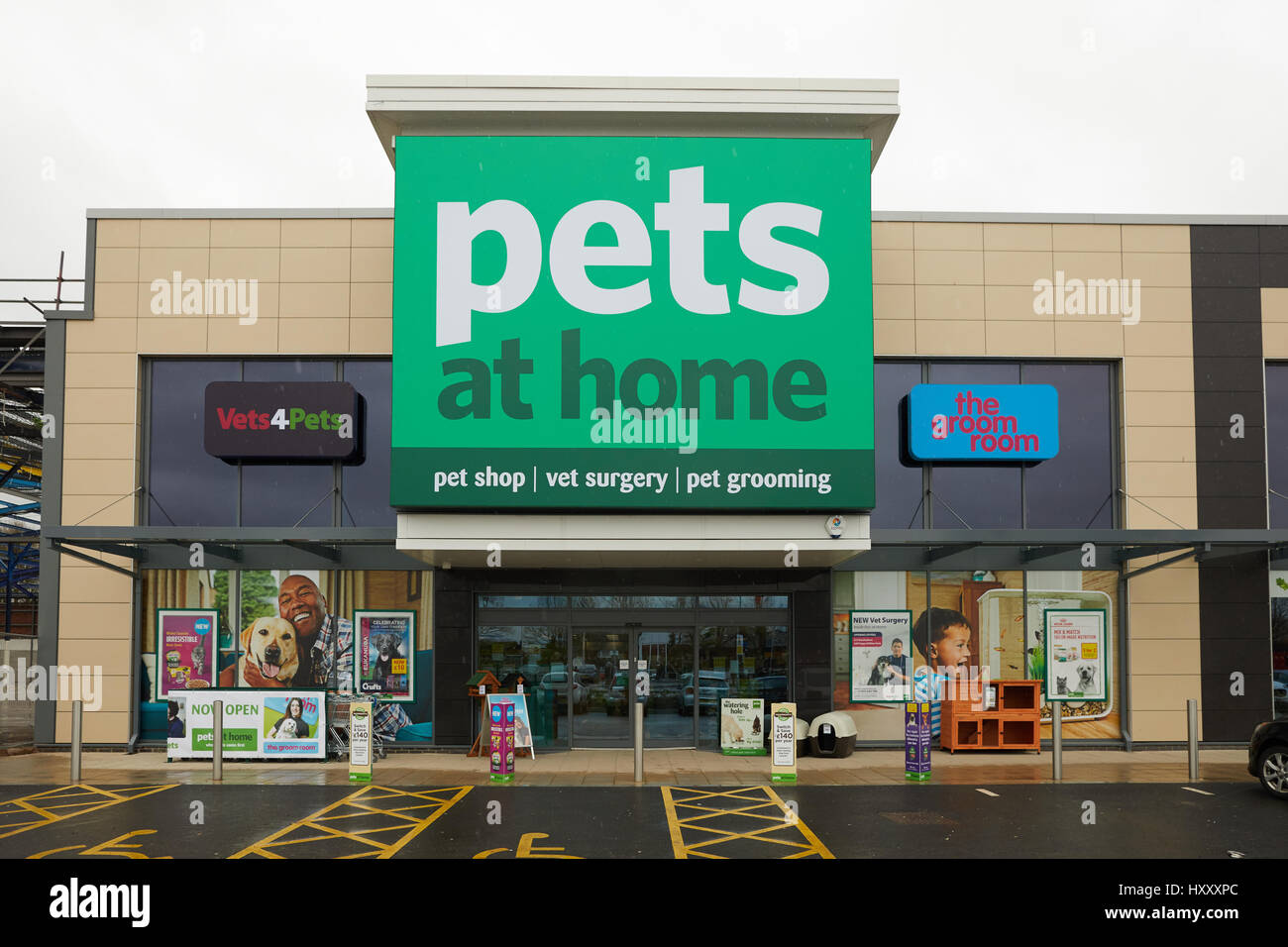 Pets At Home Winwick Store At Junction Nine Retail Park In Stock Photo Alamy