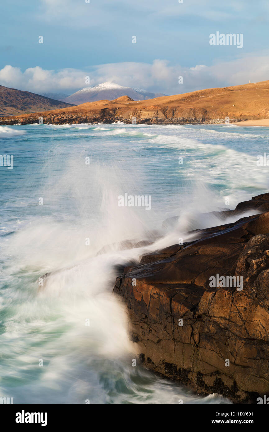 Crashing waves along the coast at Horgabost, South Harris, Outer Hebrides - Stock Image