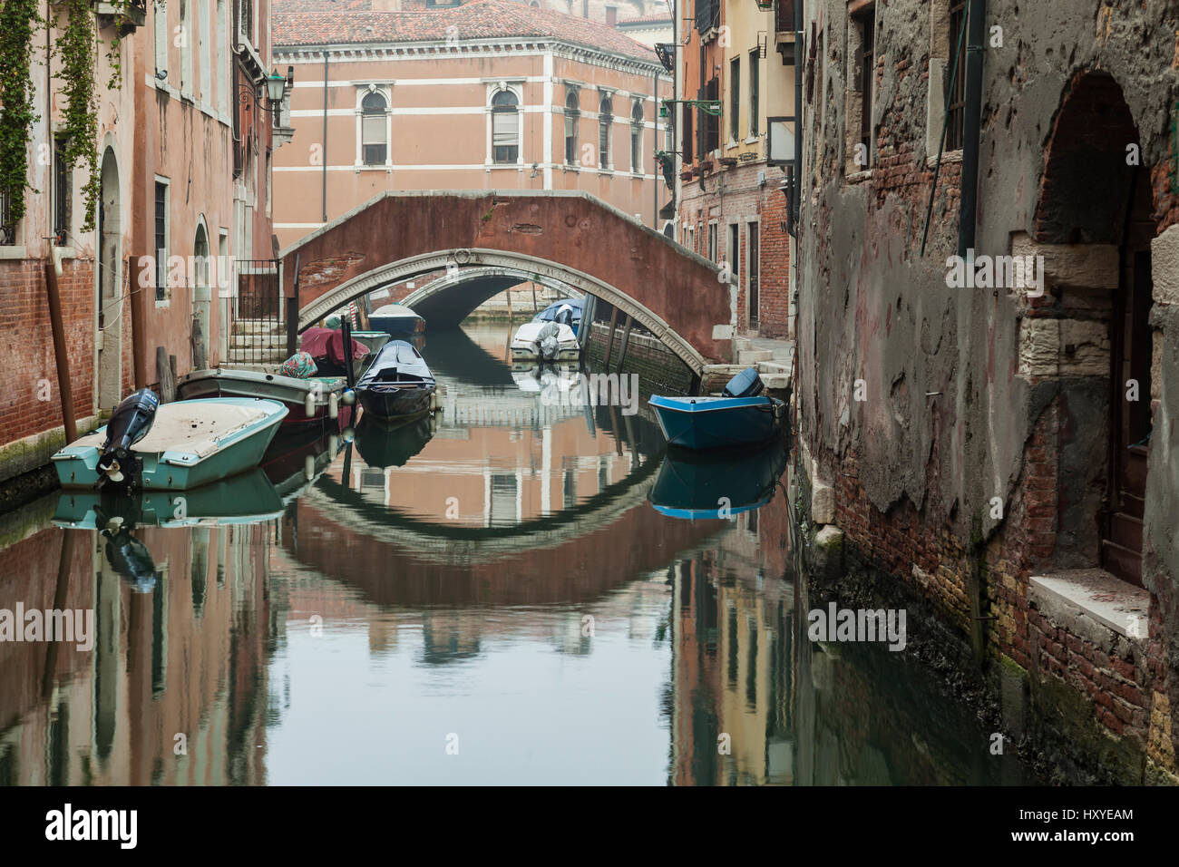 Misty morning on a canal in sestiere of San Marco, Venice, Italy. - Stock Image