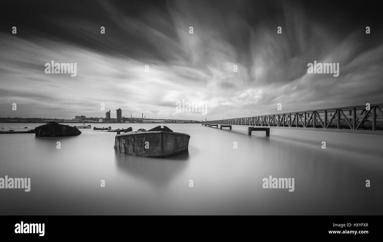 Abandoned concrete barges, Erith reach, river Thames, near Rainham - Stock Image