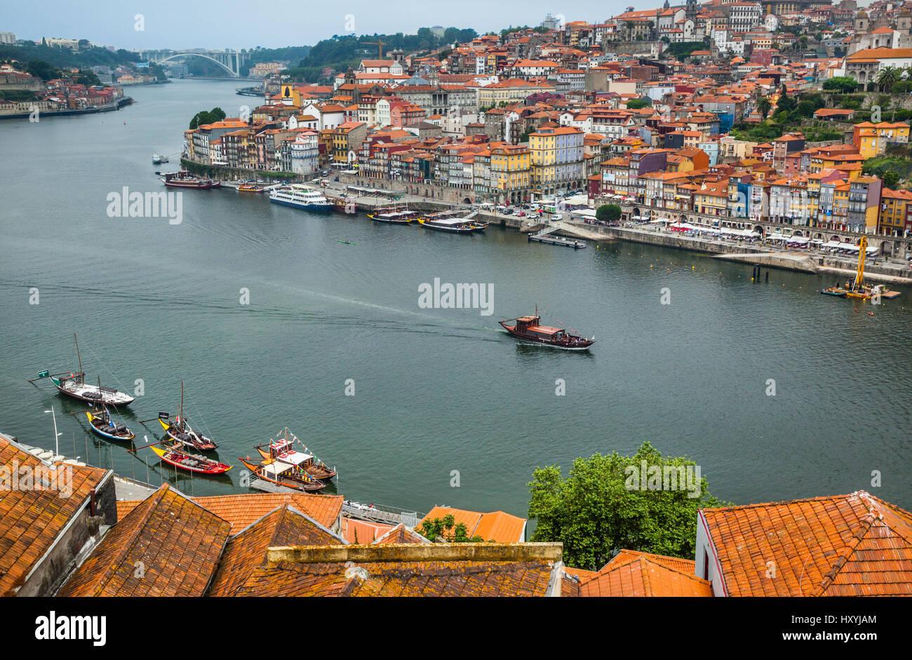 Portugal, Region Norte, Porto, view across Douro River from Vila Nova de Gaia to the historical center of Porto - Stock Image