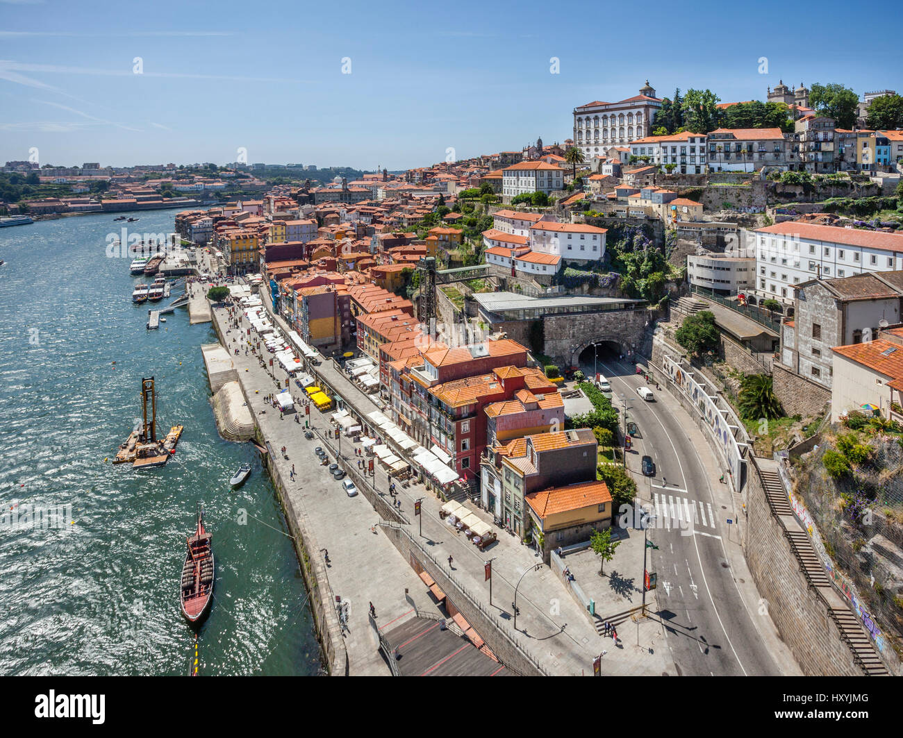Portugal, Region Norte, Porto, view of Cais da Ribeira and Ribeira tunnel at the historical part of Porto on the - Stock Image