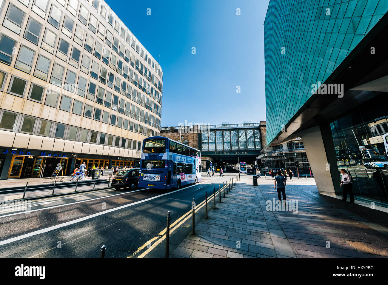 Far View of Central Station Bridge on Argyle Street in Glasgow's City Centre - Stock Image