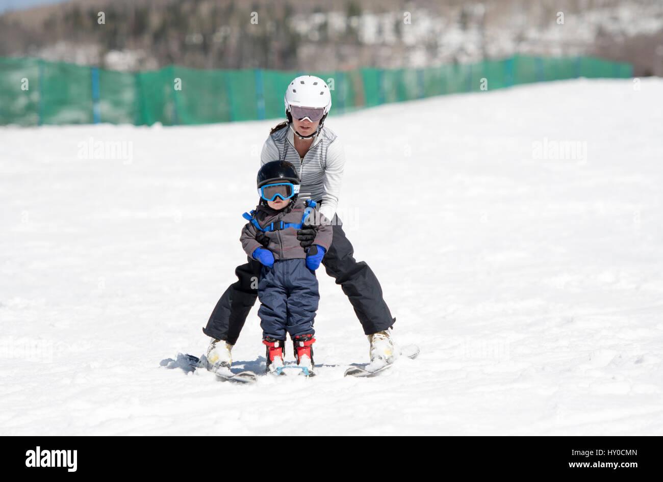 252f1698fdfe Boy Dressed In Ski Clothing Stock Photos   Boy Dressed In Ski ...