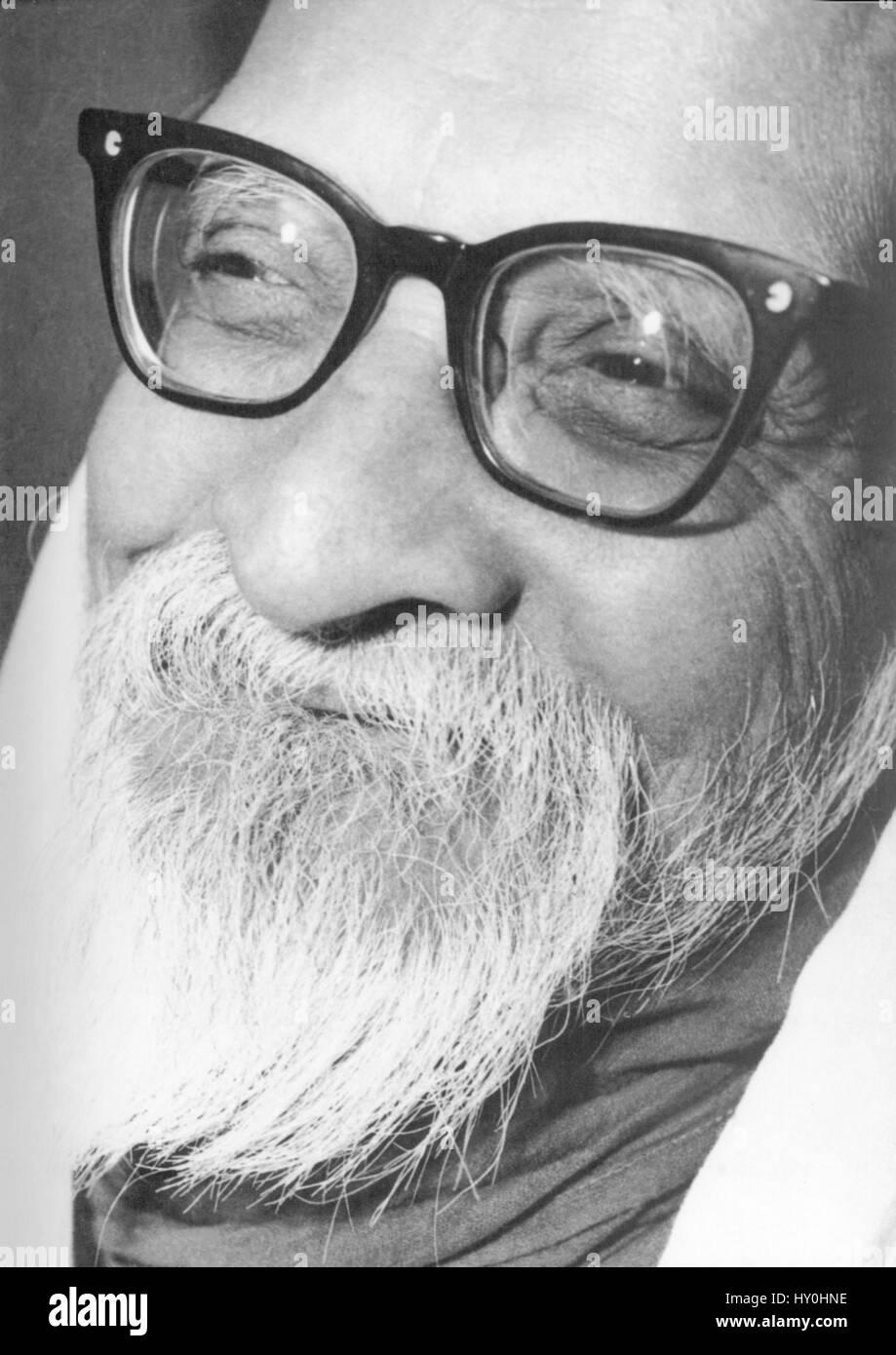 Indian advocate of nonviolence Vinoba Bhave India Asia 1957 - Stock Image