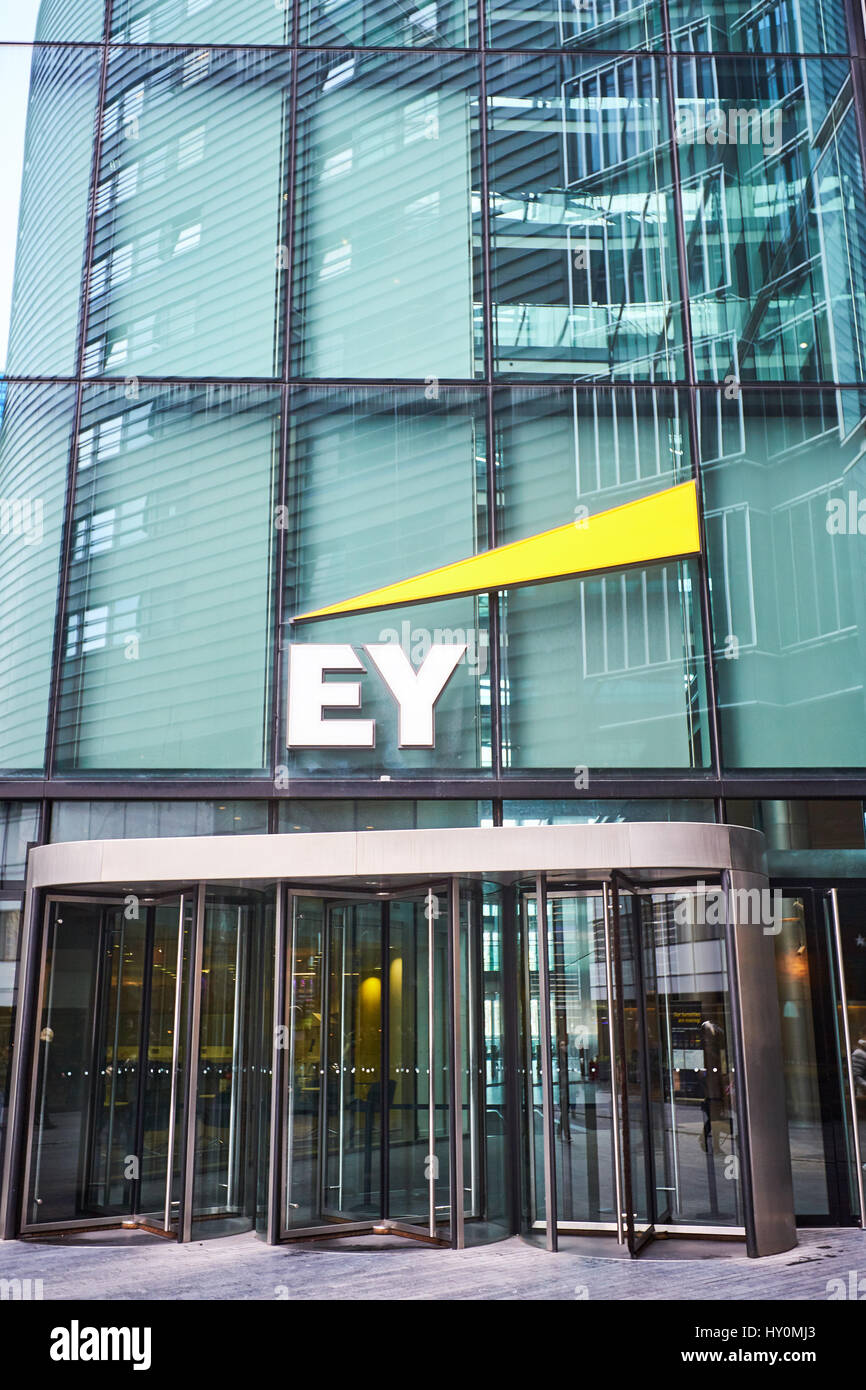 General View Of The Ey Ernst Amp Young Office In London