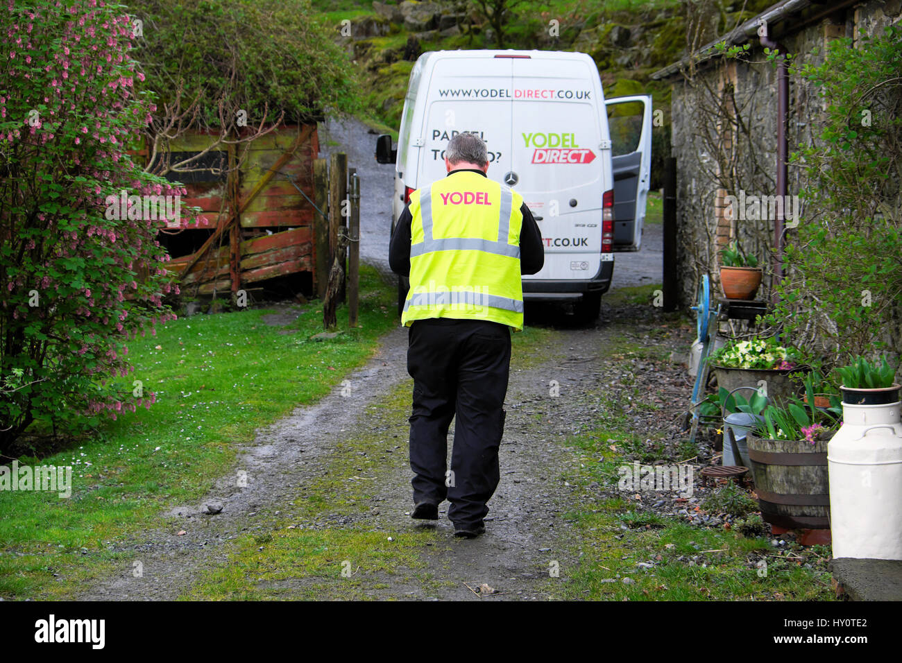 Parcel Delivery Van High Resolution Stock Photography And Images Alamy