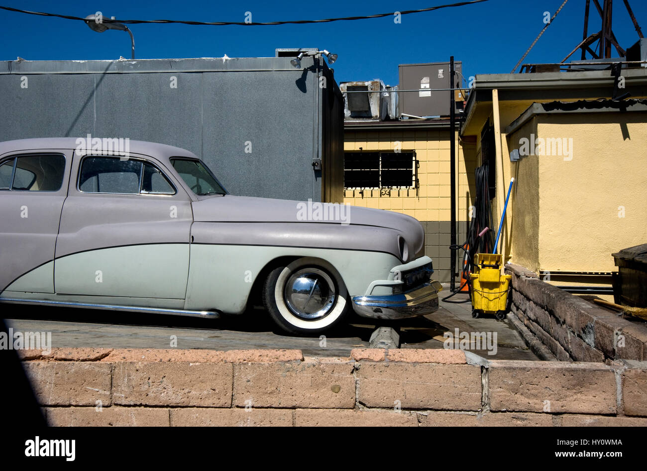 Parked car behind diner in Burbank - Stock Image