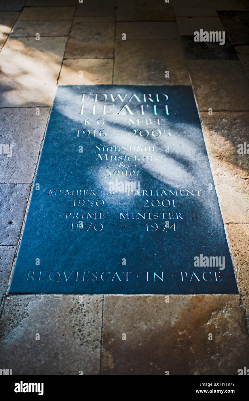 Grave with  memorial plaque for Edward Heath in Salisbury Cathedral in Wiltshire, UK. - Stock Image