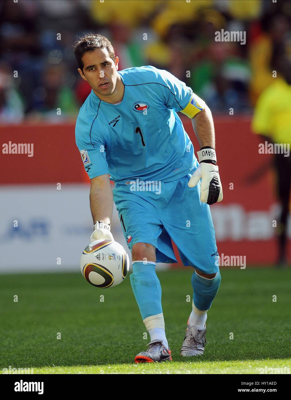 CLAUDIO BRAVO CHILE & REAL SOCIEDAD CHILE & REAL SOCIEDAD MBOMBELA STADIUM  SOUTH AFRICA 16 June 2010 - Stock Image