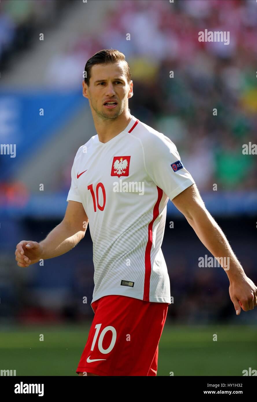 Great Grzegorz Krychowiak - polands-grzegorz-krychowiak-poland-v-northern-ireland-stade-de-nice-HY1H32  Perfect Image Reference-484511.jpg