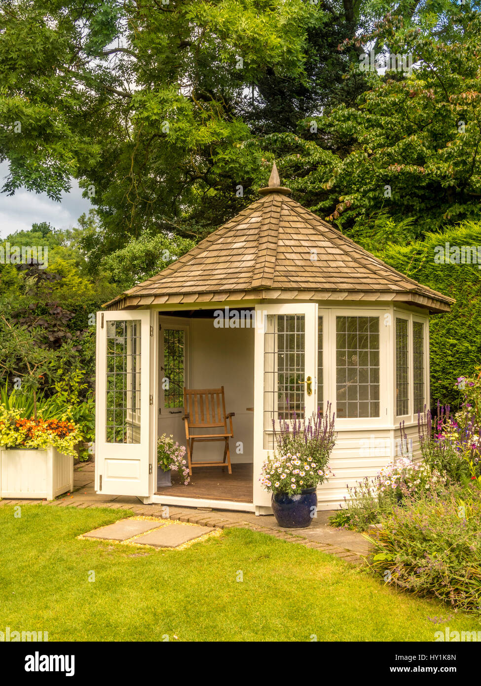 Garden summerhouse - Stock Image