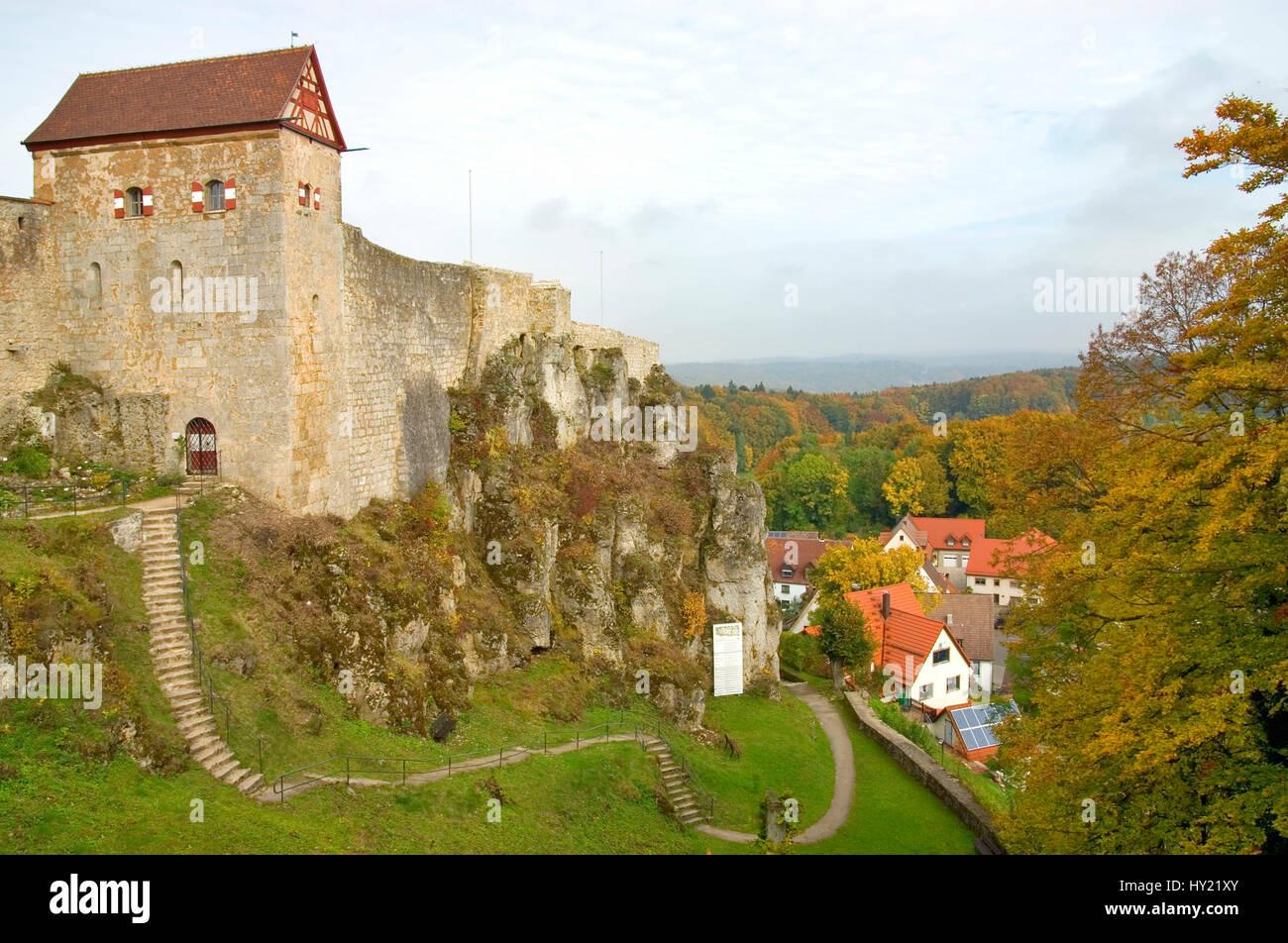 Blick auf die Burg Hohenstein in Bayern, Deutschland.  Image of the Castle Hohenstein the German state of Bavaria. Stock Photo