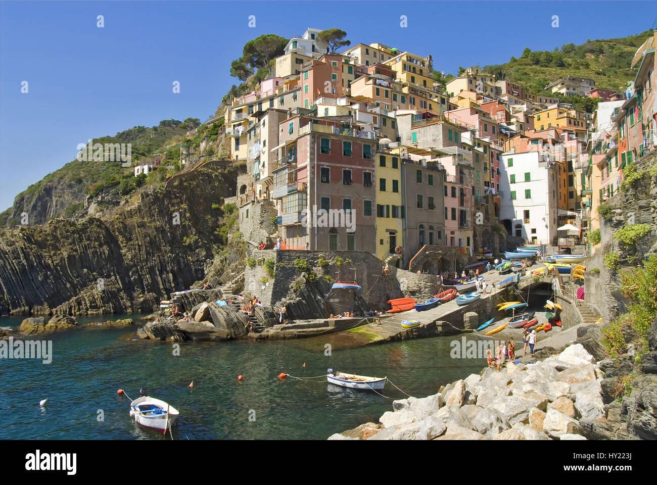 Das Dorf Riomaggiore, ein bekanntes Reiseziel im Parco Naturale Cinque Terre in den Ligurischen Küste, - Stock Image