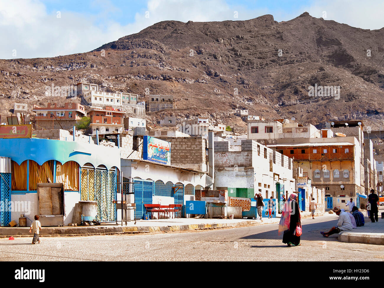Image of a typical street scene in the traditional Arabian city of Aden in Yemen. - Stock Image
