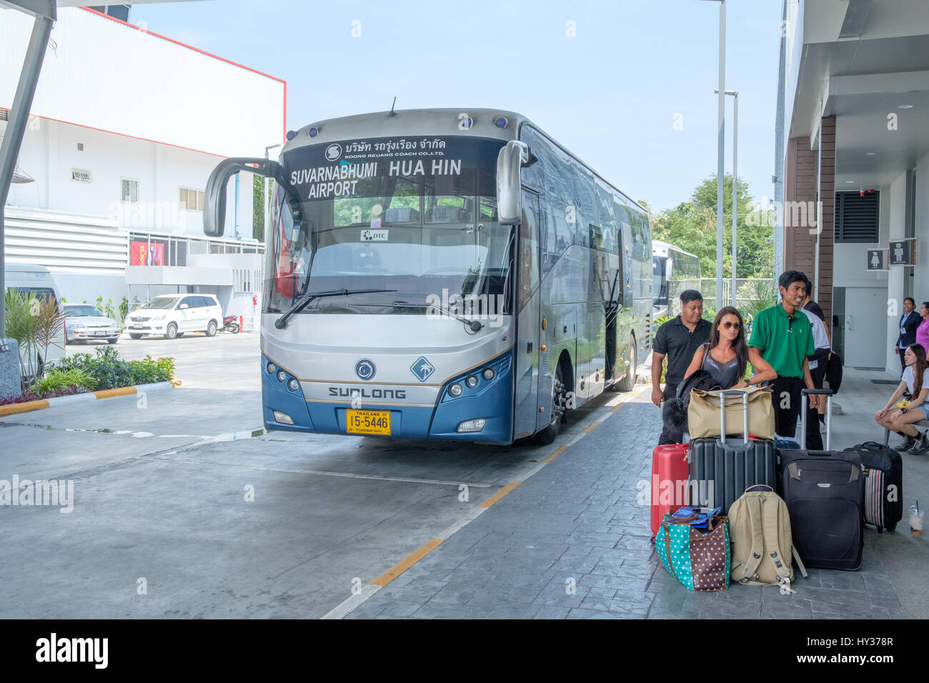 Airport bus from Hua Hin to Suvarnabhumi - Stock Image