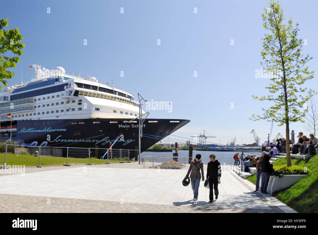 Cruise terminal and beach quay in the harbour city of Hamburg, Germany, Europe, Kreuzfahrtterminal und Strandkai - Stock Image