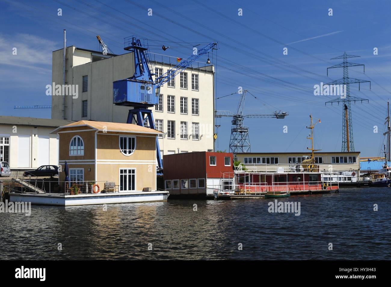 Pilot's canal in the Harburger inland harbour in castle Har, Hamburg, Germany, Europe, Lotsekanal im Harburger - Stock Image