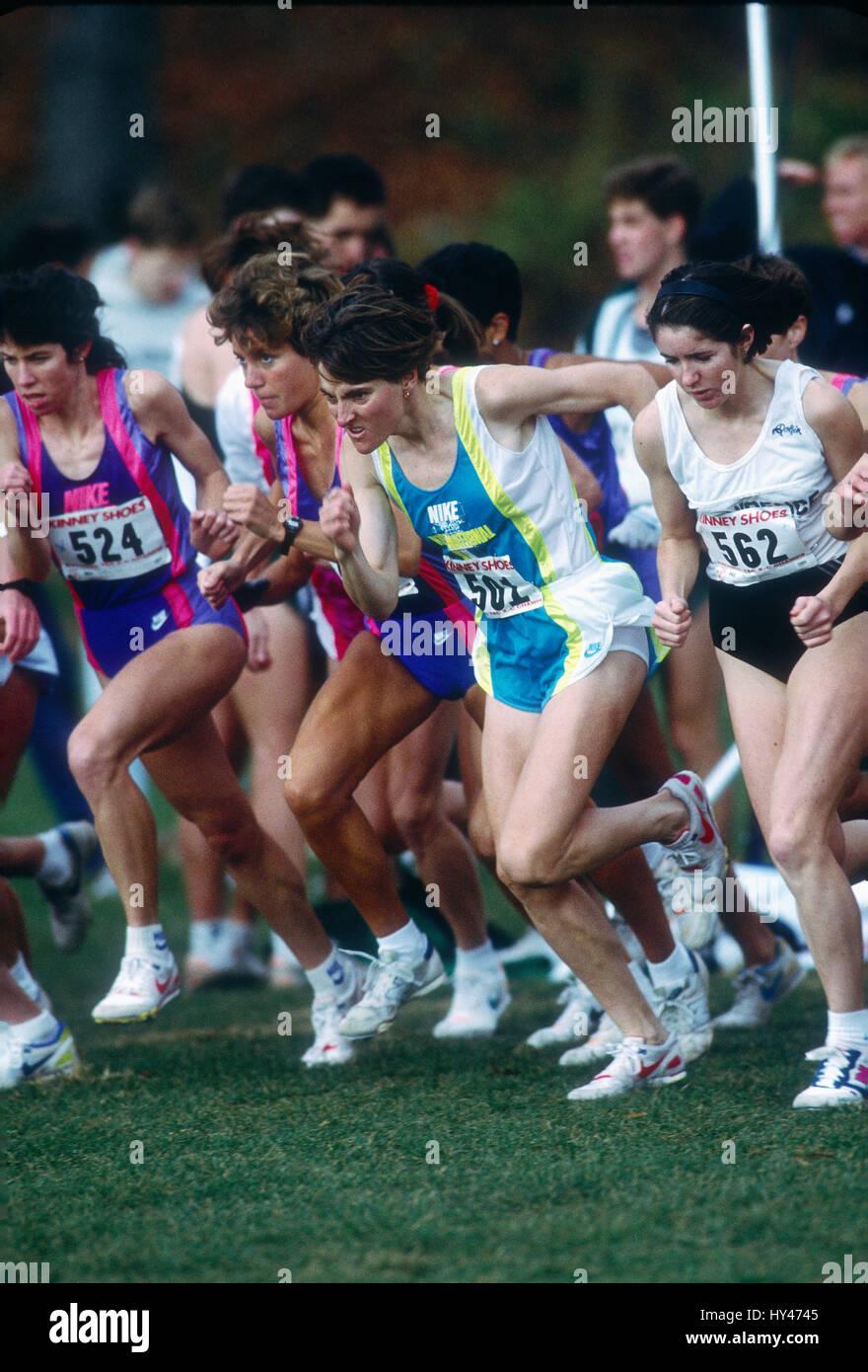 Lynn Jennings wins the 1990 TAC Cross Country Championships, Van Cortland Park, Bronx, NY - Stock Image
