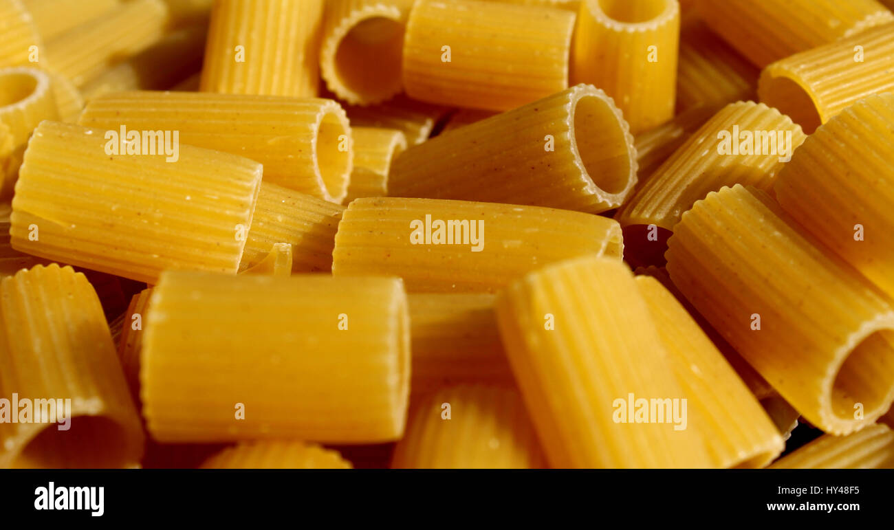 Mezze maniche pasta Stock Photo