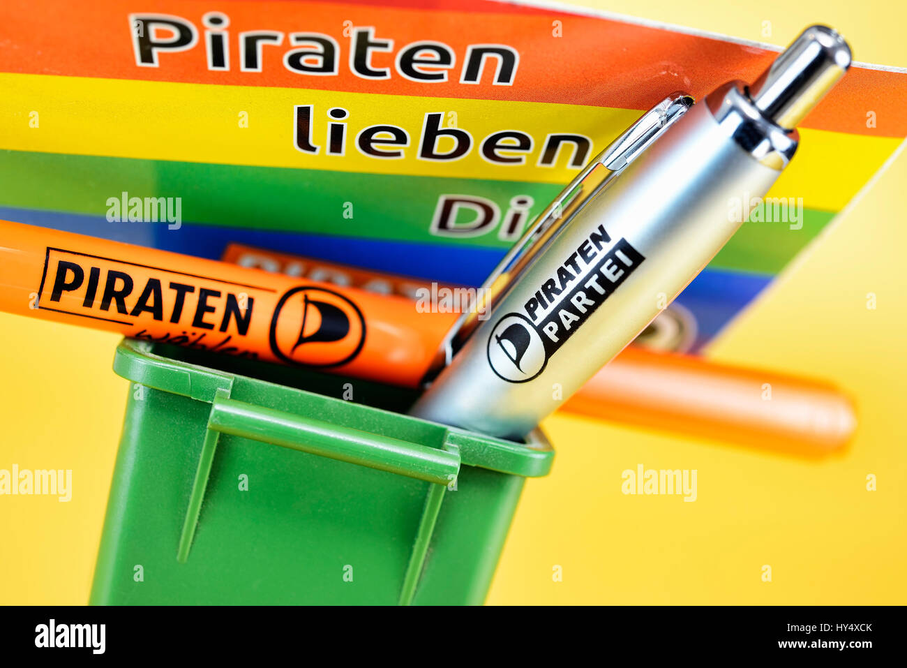 Advertising ballpoint pen of the pirate's party in the garbage tonne, member's losses with the pirates, - Stock Image