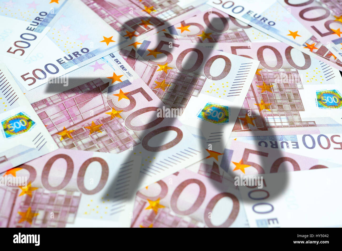 Negative percent sign on 500-euro-bank notes, symbolic photo negative interest, Negatives Prozentzeichen auf 500 Stock Photo