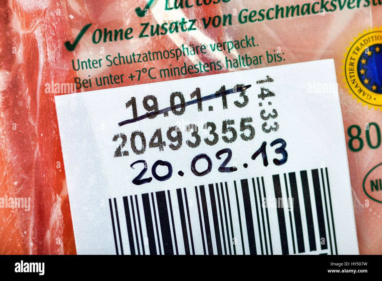 Extended durability date, Gammelfleisch scandal, Verlaengertes Haltbarkeitsdatum, Gammelfleisch-Skandal - Stock Image