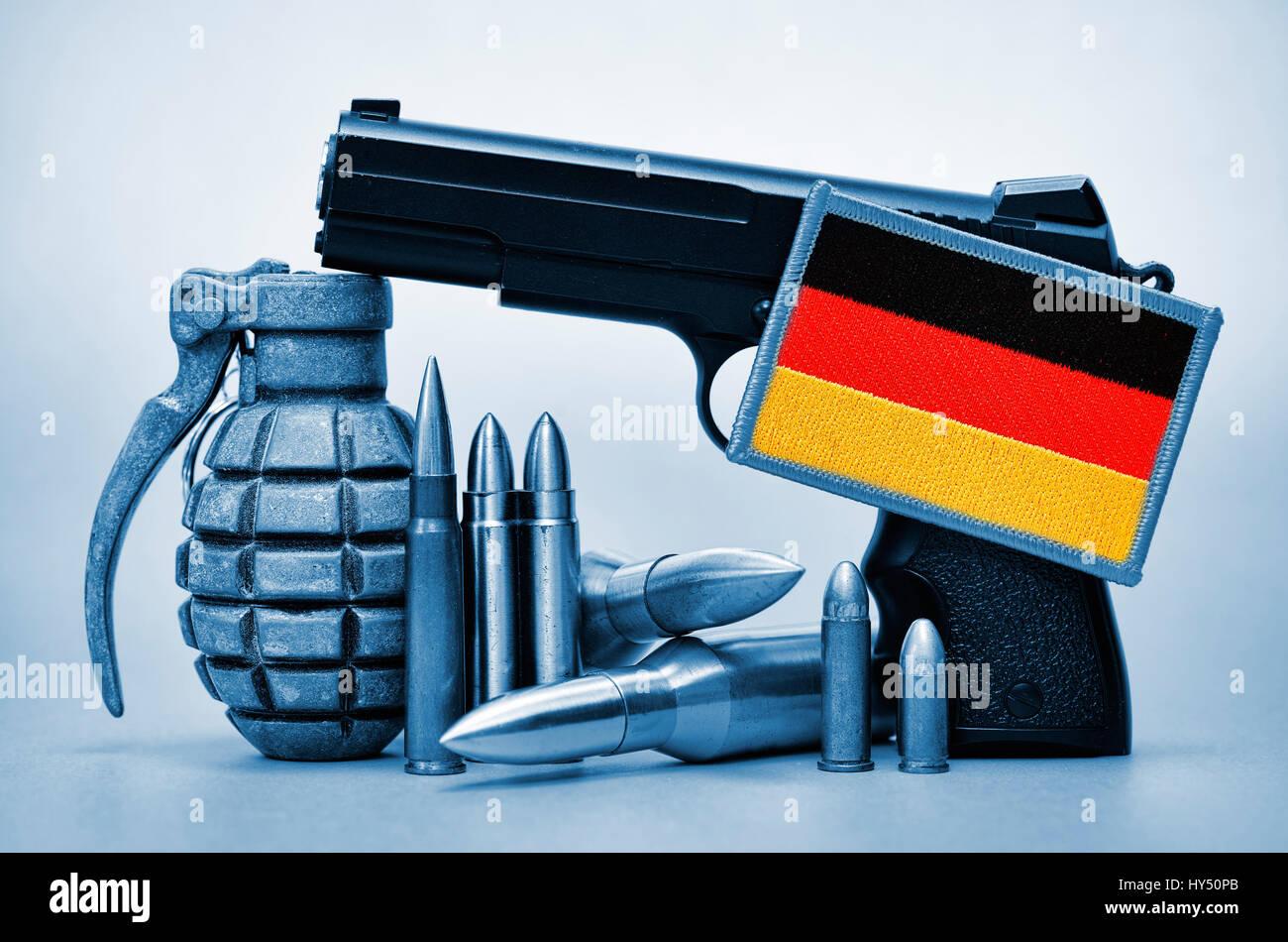 Weapons and Germany flag, symbolic photo German deliveries of arms, Waffen und Deutschlandfahne, Symbolfoto deutsche Stock Photo