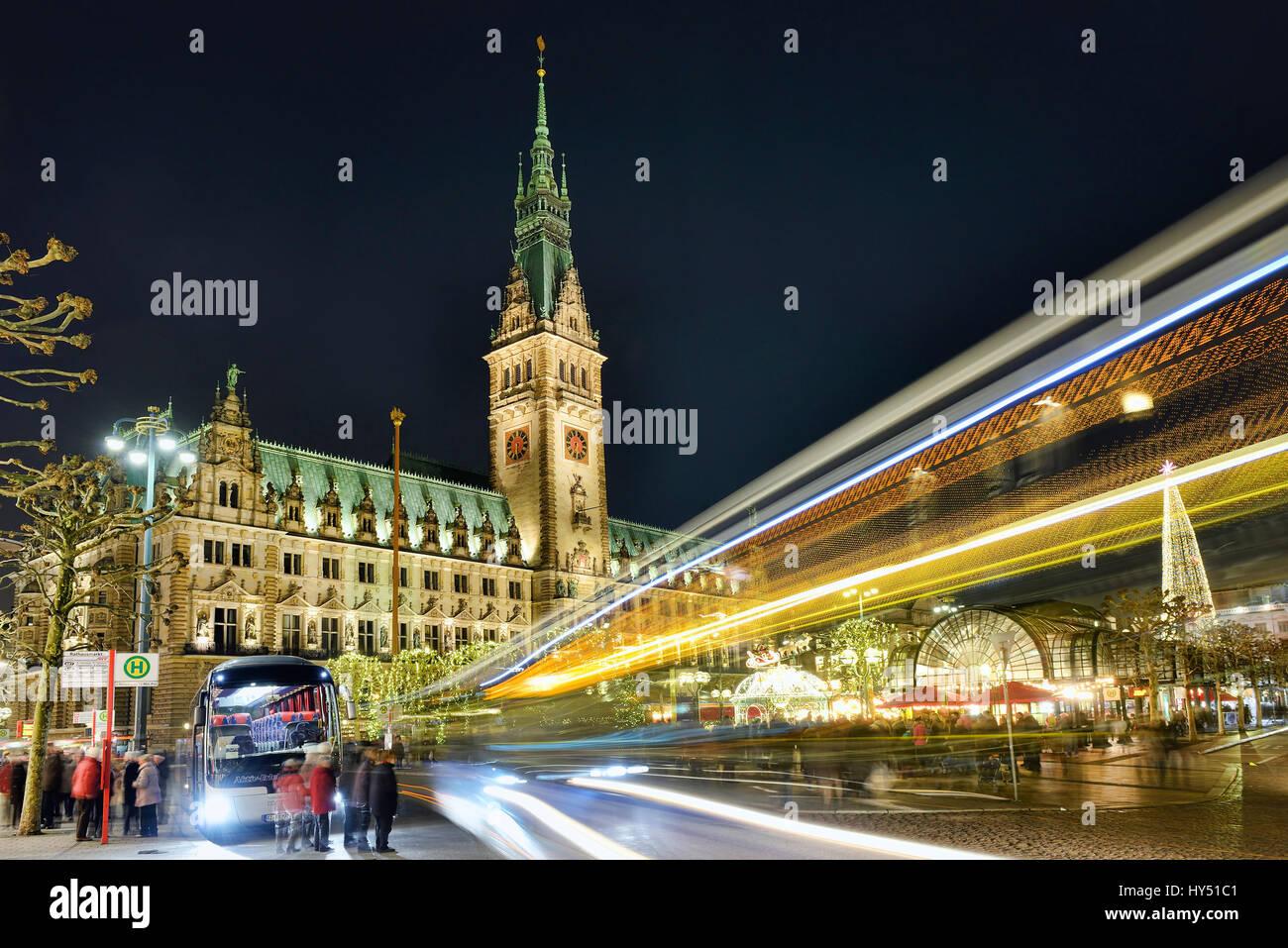 Christmas fair in the city hall in Hamburg, Germany, Europe, Weihnachtsmarkt am Rathaus in Hamburg, Deutschland, - Stock Image