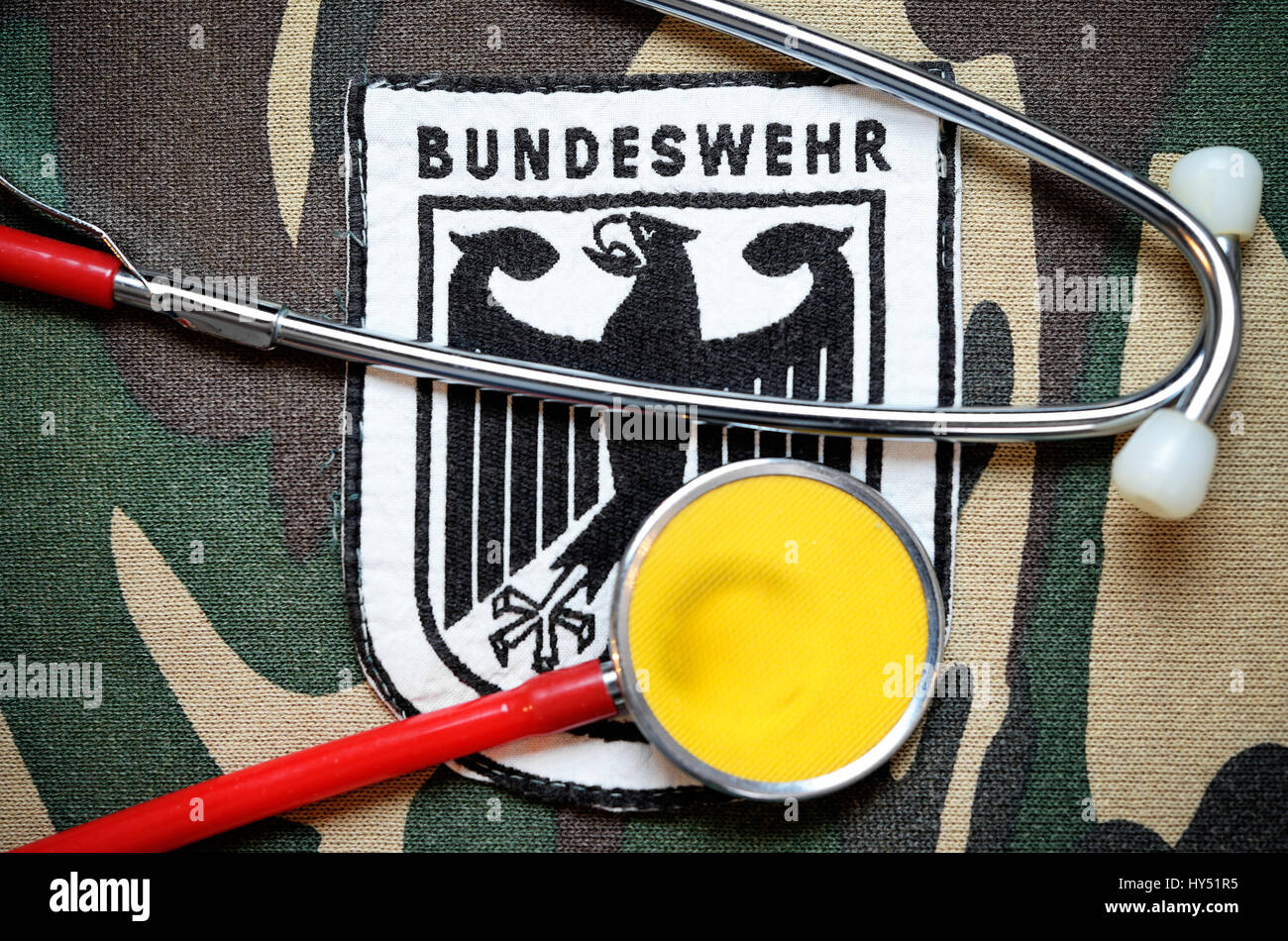 Armed forces badges with Stethoskop, symbolic photo equipment faults, Bundeswehr-Abzeichen mit Stethoskop, Symbolfoto - Stock Image