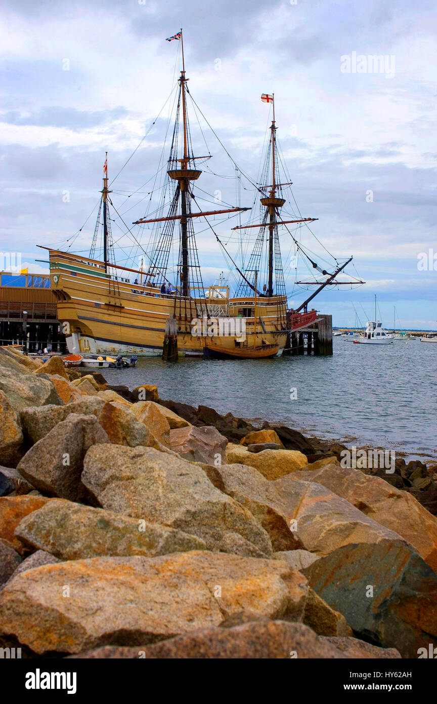 The  Mayflower II in Plymouth, Massachusetts. A replica of the vessel that in 1620 carried the Pilgrims to the new Stock Photo