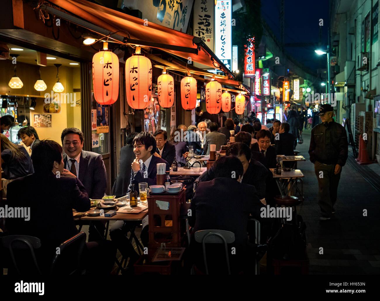 Japan, Tokyo, Ueno, Izakaya, salarymen having drink after daywork. - Stock Image
