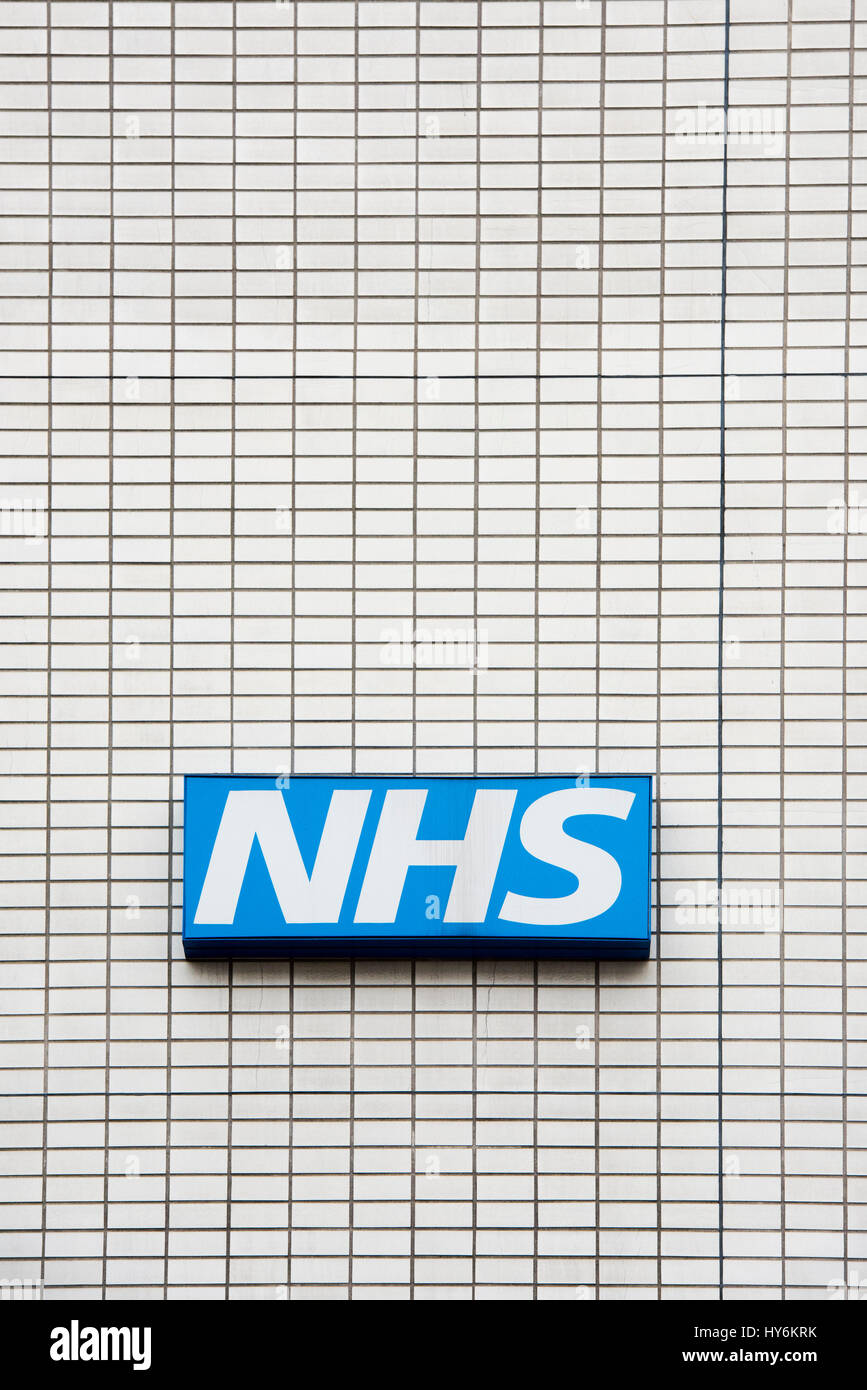 NHS sign on St Thomas' Hospital. Westminster Bridge Rd, Lambeth, London - Stock Image