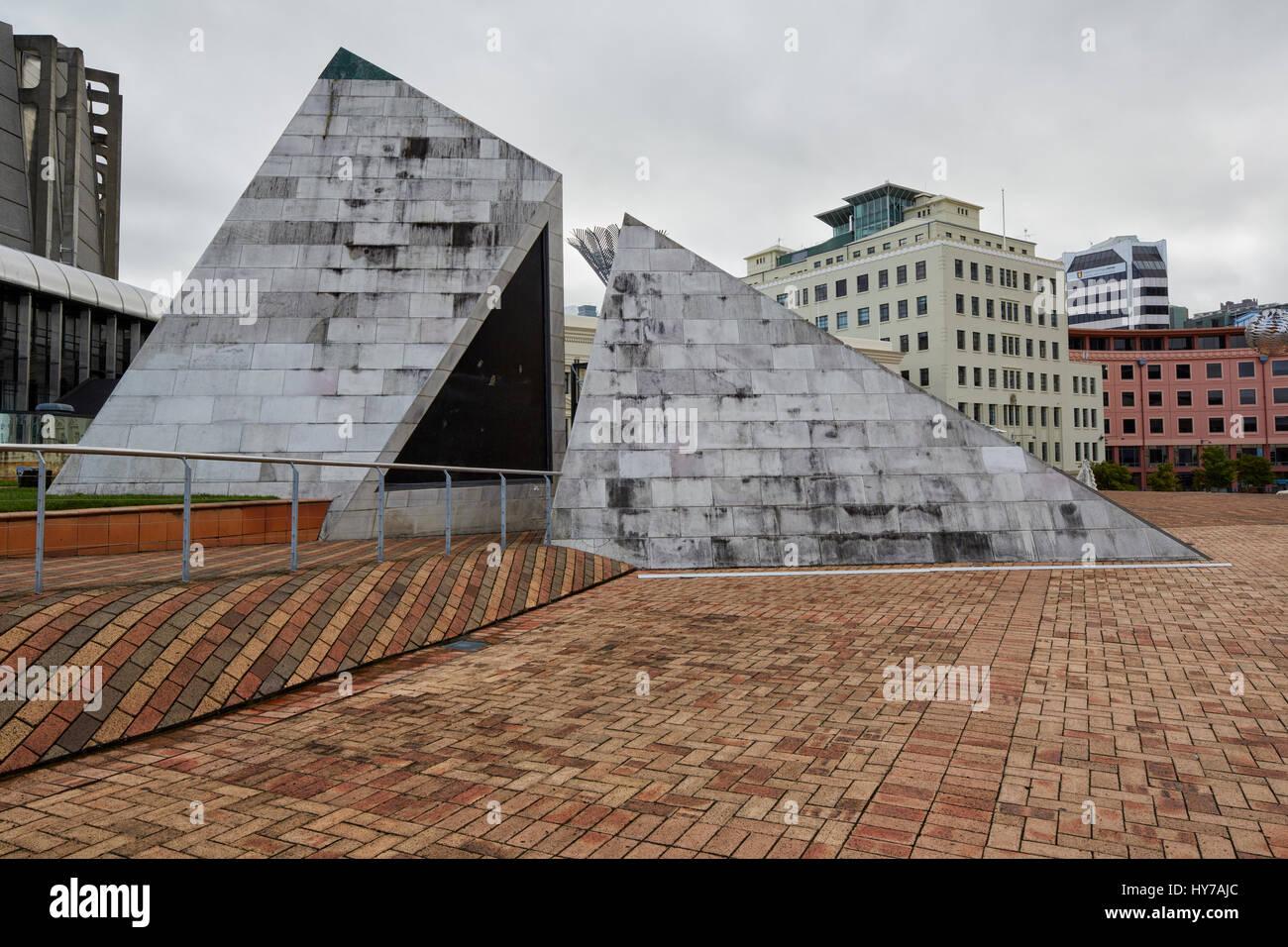 City to Sea Bridge connection to the Civic Plaza, Wellington, New Zealand - Stock Image
