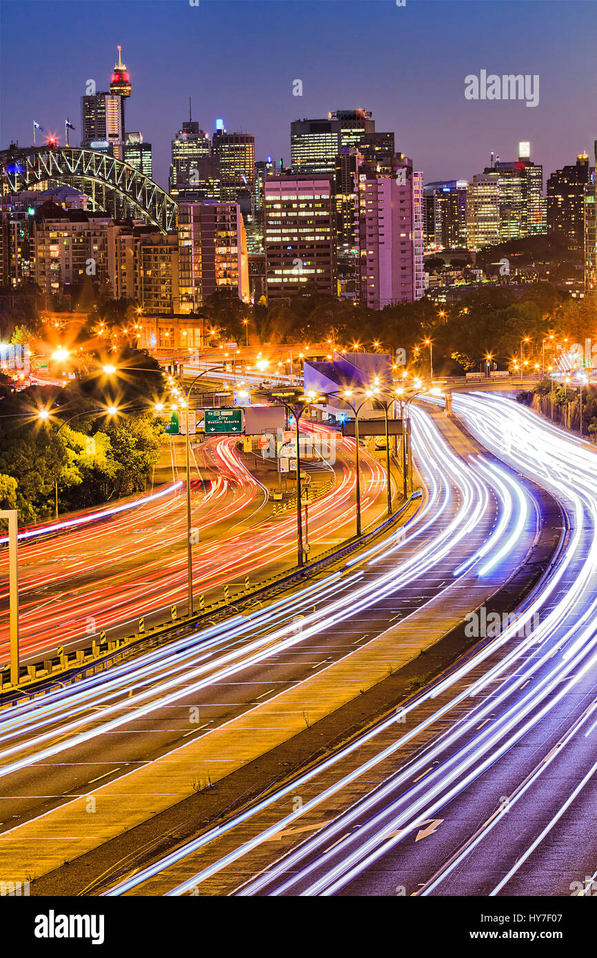 Busy multi-lane warringah expressway in Sydney leading from North Sydney to the city CBD across Harbour Bridge at - Stock Image