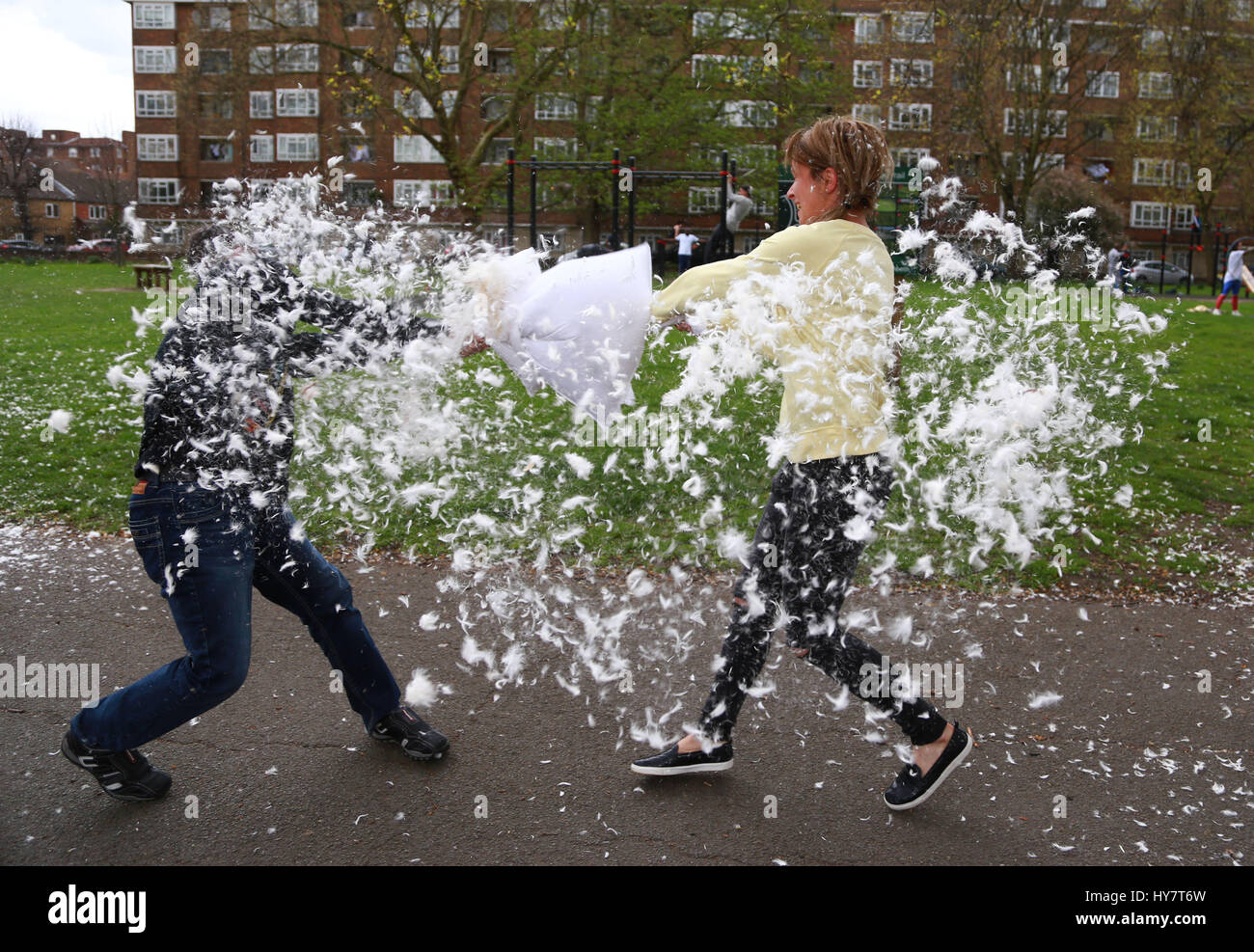 London, UK. 01st Apr, 2017. People pillow-fighting on World Pillow Fight Day, in Kennington Park, London, UK, on - Stock Image