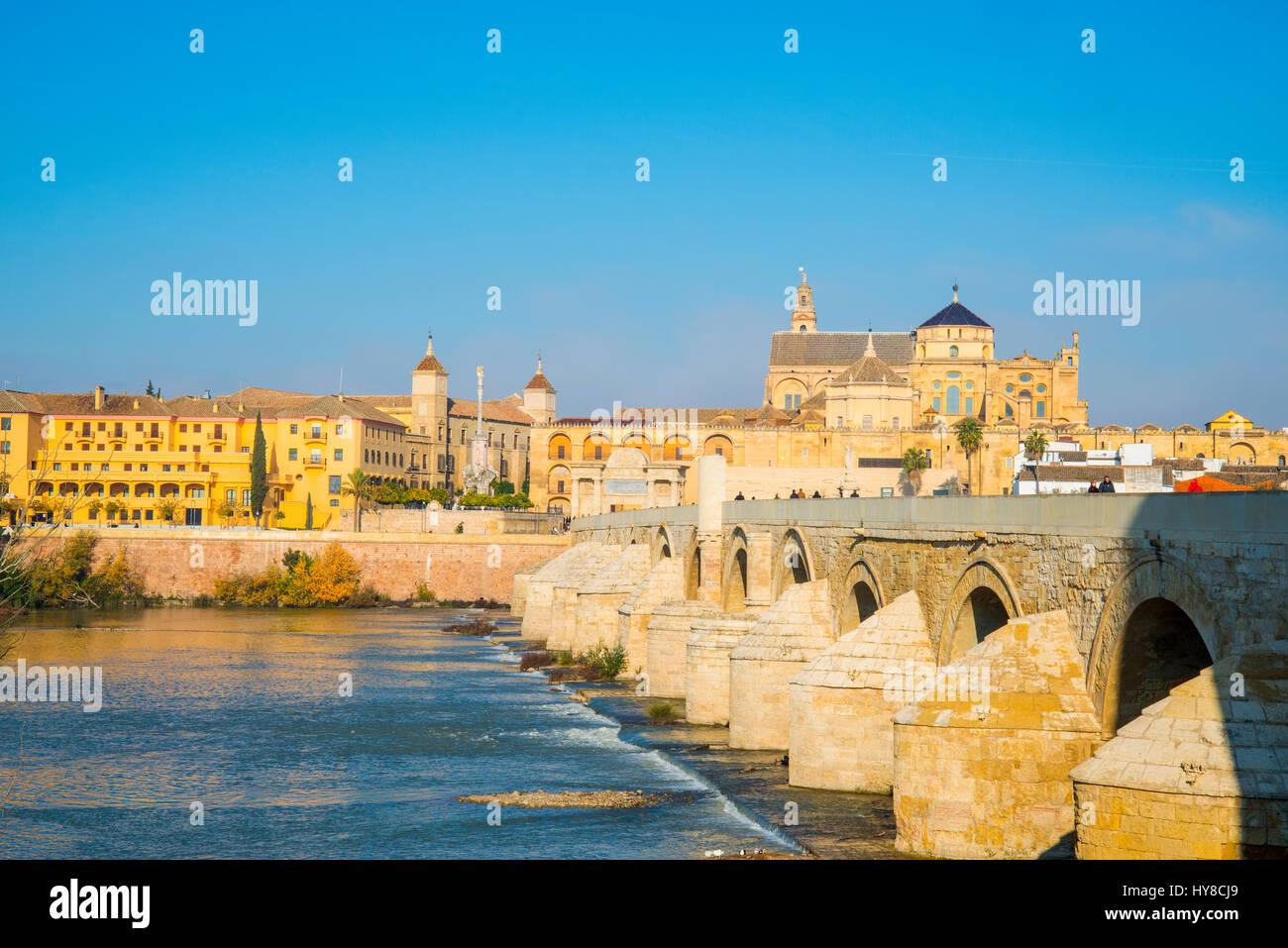 River Guadalaquivir, Roman bridge and view of the city. Cordoba, Spain. - Stock Image
