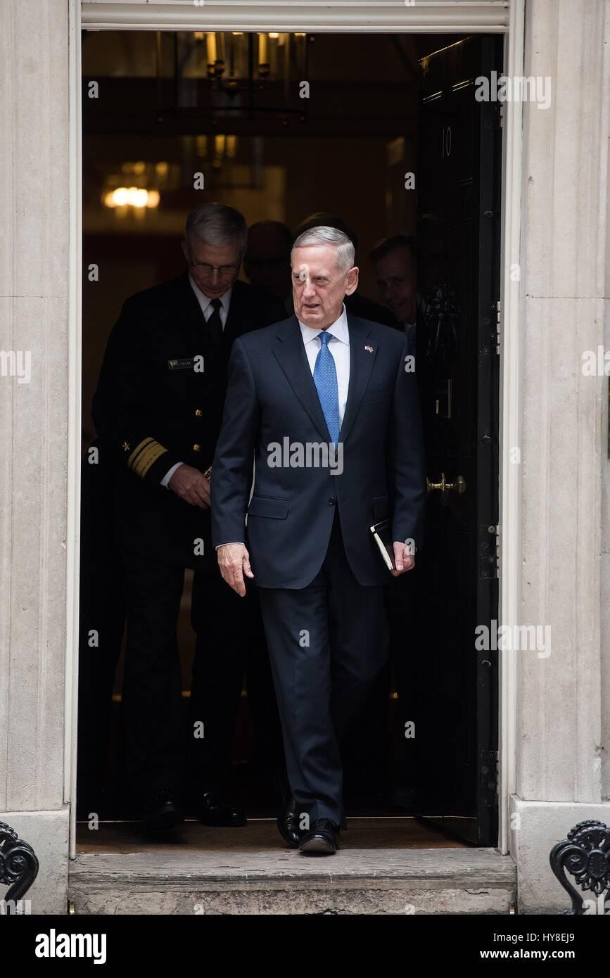 U.S. Secretary of Defense Jim Mattis departs 10 Downing Street following a bilateral meeting with British Prime - Stock Image