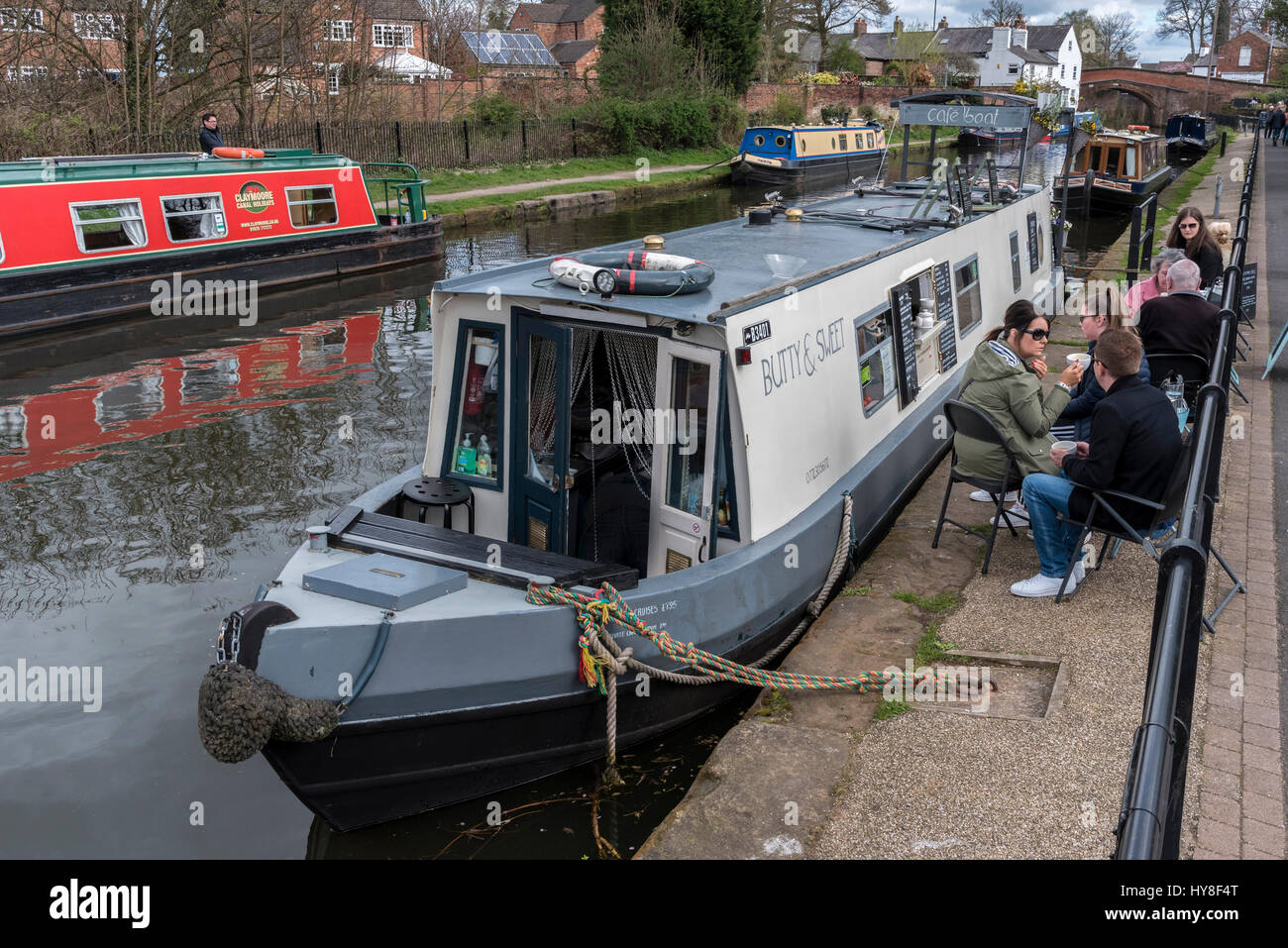 Lymm cafe boat on the Bridgewater canal. - Stock Image