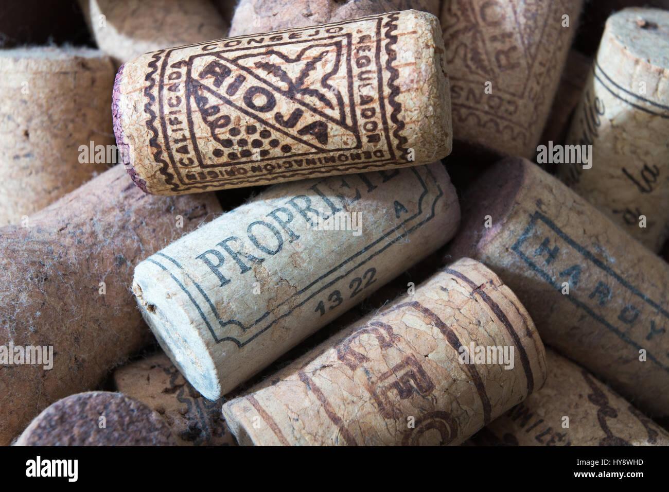 CORKS: Old corks from wine bottles - Stock Image