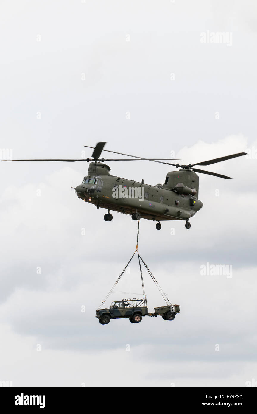 RAF Chinook deploying RAF Regiment Troops Stock Photo