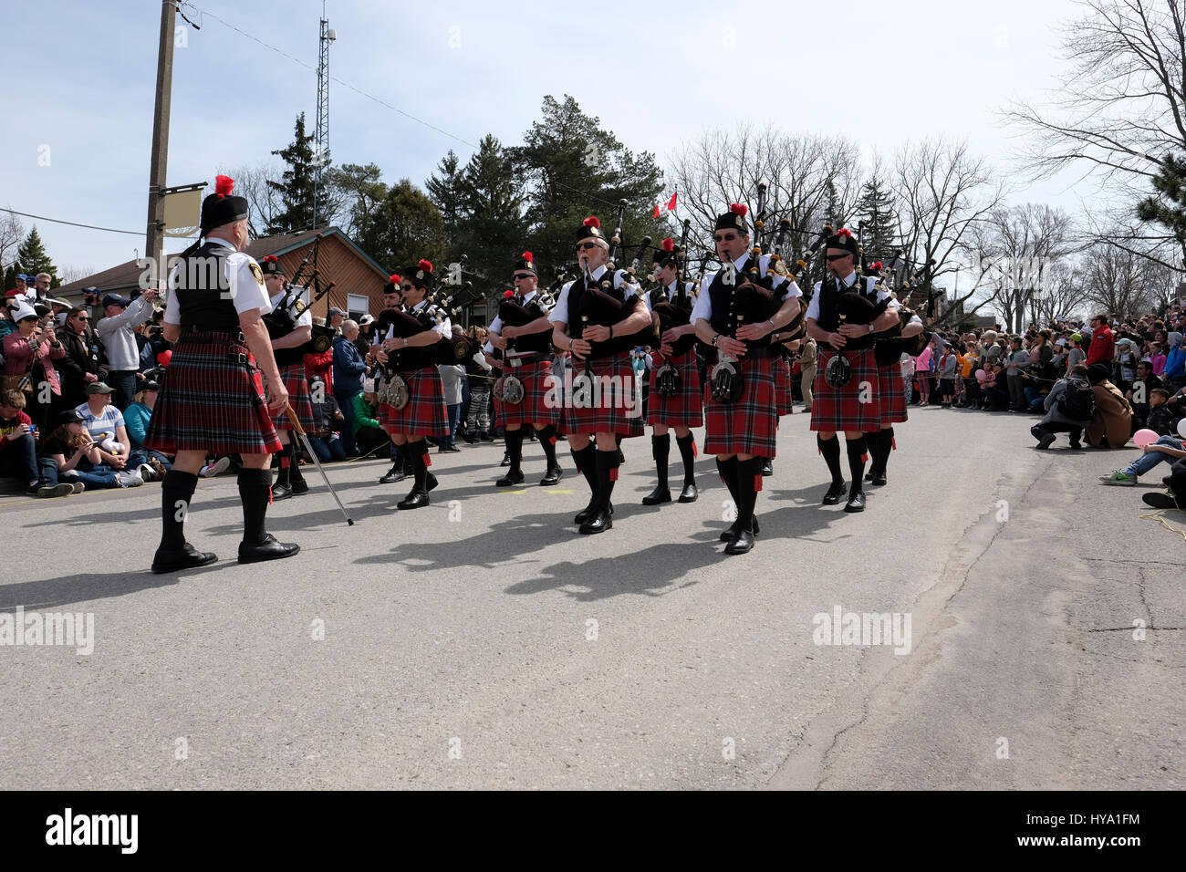 Stratford, Ontario, Canada, 2nd Apr, 2017. Stratford Police Pipe Band plays for thousands of people that gathered - Stock Image